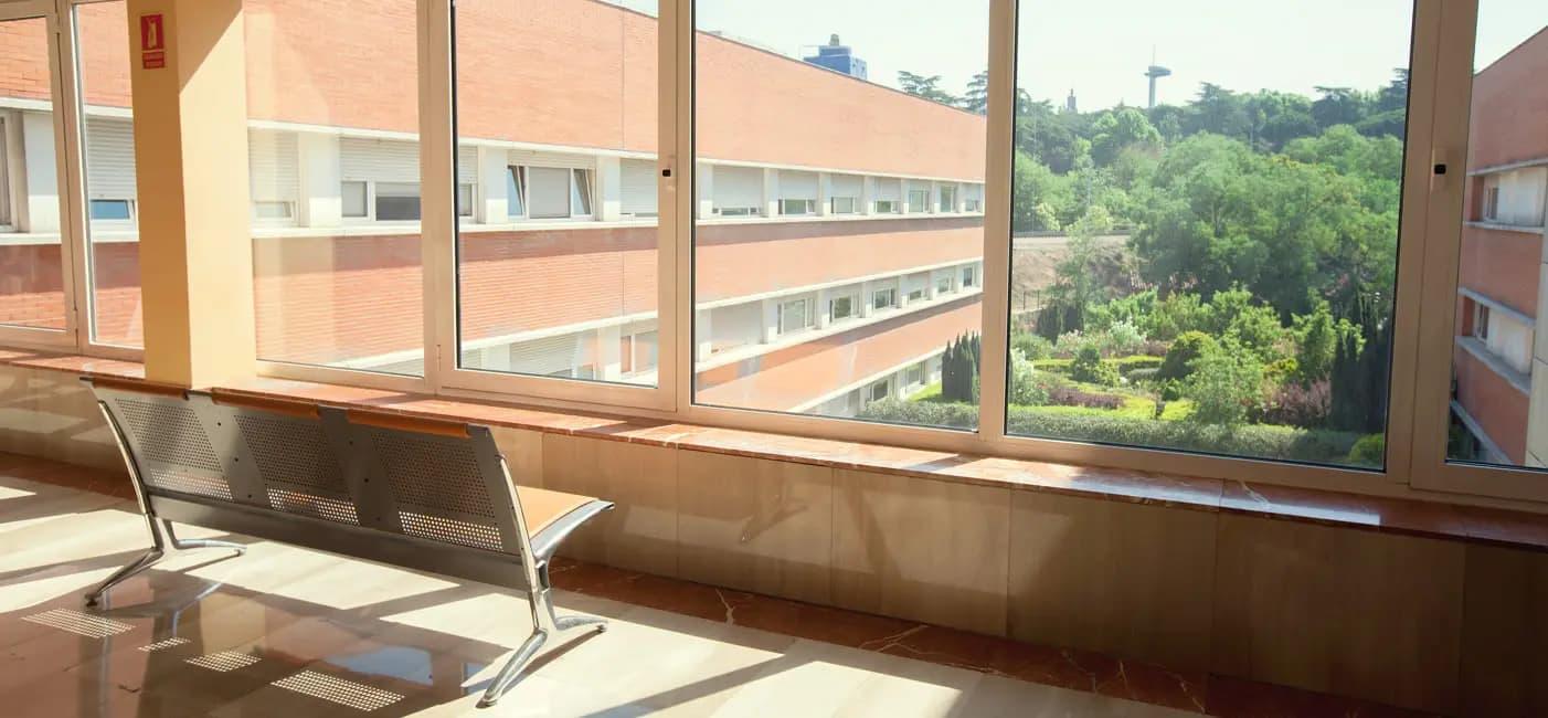 Tavad-Hospital-Madrid-sala-de-espera