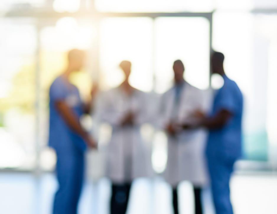 doctores pasillo clinica - TAVAD