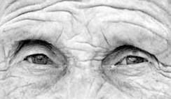 anciano - Adicciones: ¿Efectos secundarios de tratar el Parkinson?
